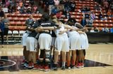 Women's Hoops Opens Season With Exhibition